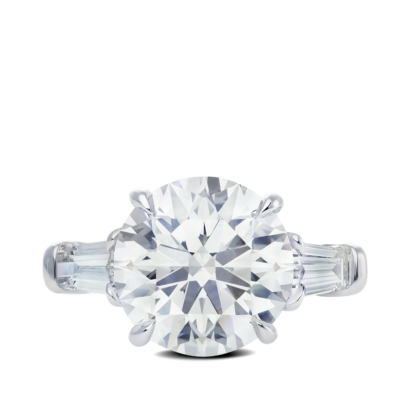 Ring-Davina-three-stone-ring-diamonds-platinum-steven-kirsch-01.png