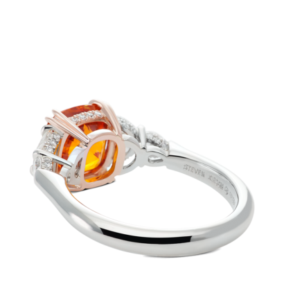 ring-sienna-five-stone-sapphire-diamonds-platinum-steven-kirsch-03.png