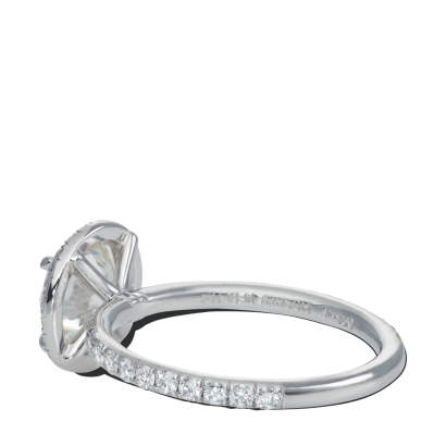 ring-n-one-flush-halo-diamonds-platinum-steven-kirsch-2.png
