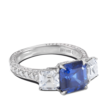 ring-tresor-platinum-three-stone-diamonds-sapphires-steven-kirsch-1