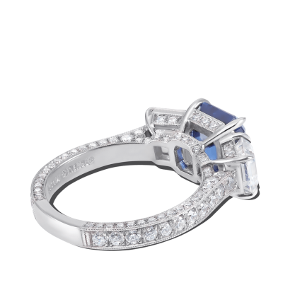 ring-tresor-platinum-three-stone-diamonds-sapphires-steven-kirsch-3-copy.png