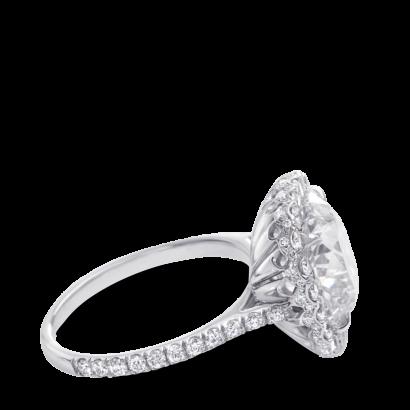 ring-lapetite-platinum-diamonds-halo-steven-kirsch-4.png