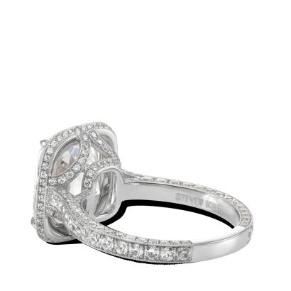 ring-bespoke-platinum-diamonds-halo-steven-kirsch-2.png