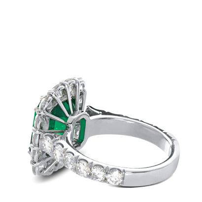 ring-may-emerald-halo-diamonds-platinum-steven-kirsch-1.png