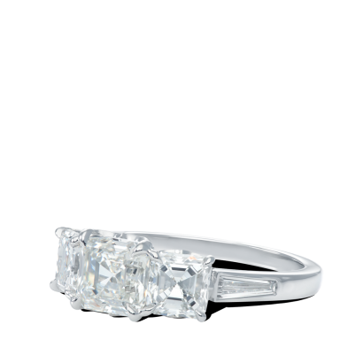 ring-quintessa-asscher-baguette-diamonds-five-stone-platinum-steven-kirsch-4.png