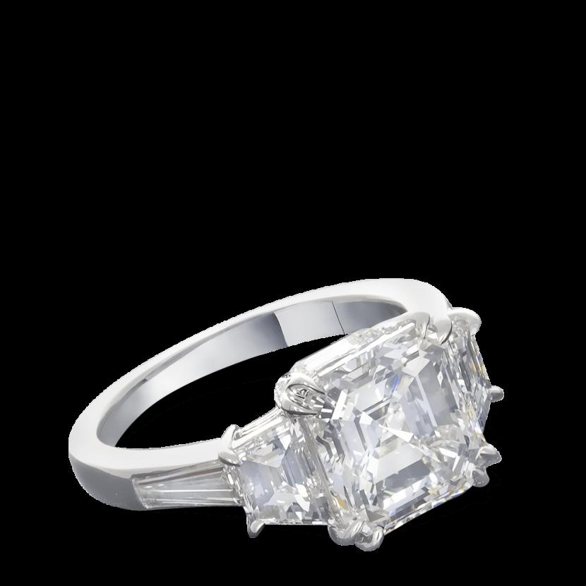 ring-quintessa-asscher-trapezoids-diamonds-baguettes-five-stone-platinum-steven-kirsch-1