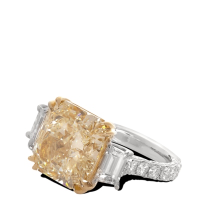 ring-daphne-asscher-three-stone-diamonds-platinum-gold-steven-kirsch-1.png