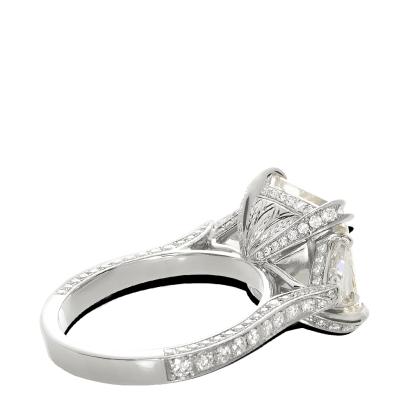 ring-victoria-three-stone-pave-diamonds-platinum-steven-kirsch-2.png