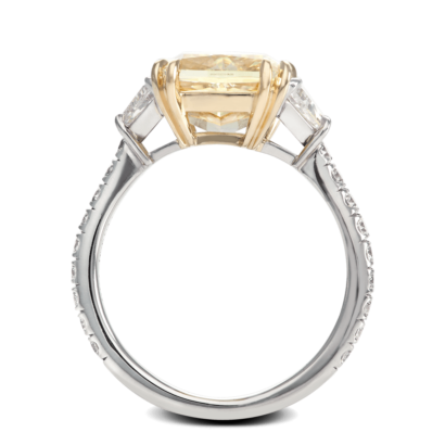 ring-allure-yellow-cushion-diamond-pave-three-stone-gold-platinum-steven-kirsch-2.png