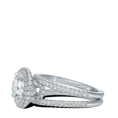 ring-sophie-round-diamond-halo-double-edge-pave-split-shank-platinum-steven-kirsch-2.png